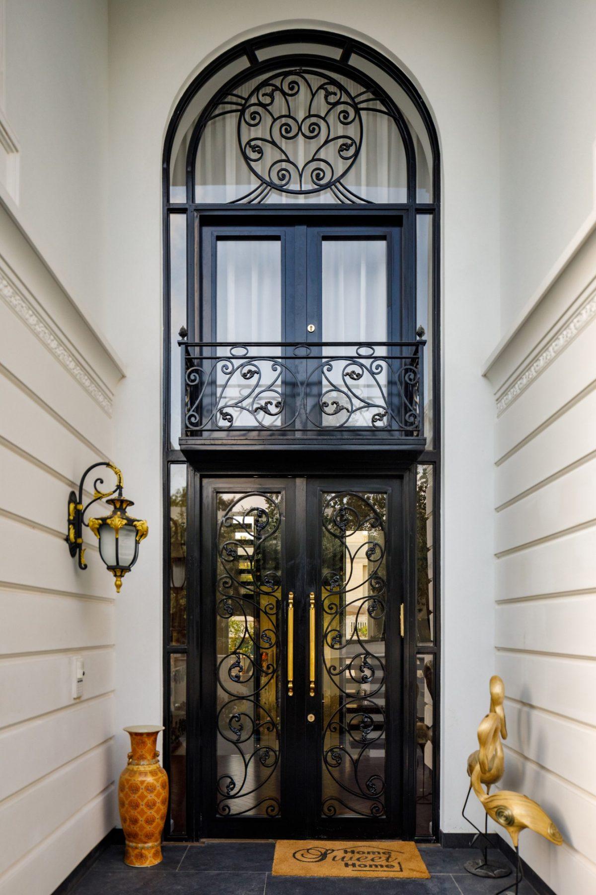 דלתות כניסה מתכת